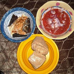 Omelet with fish, Kenkey, Red pepper